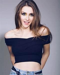 Eurovision 2017: Spotlight on Jana Burčeska (FYR Macedonia ...  Jana