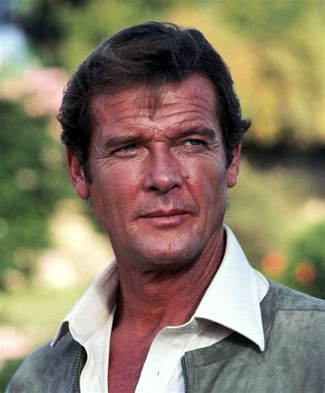 roger moore for your eyes only 881 best james bond images on pinterest casino royale
