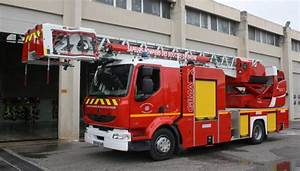 Renault Aix En Provence : sdis 13 2012 csp aix en provence photos de v hicules de sapeurs pompiers fran ais ~ Medecine-chirurgie-esthetiques.com Avis de Voitures