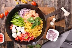 Warmhaltebox Für Essen : schnelles abendessen f r zwei one pot pasta ~ Markanthonyermac.com Haus und Dekorationen