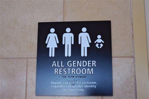 states dig   obama directive  transgender