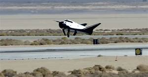 Private Dream Chaser Space Plane Skids Off Runway After ...