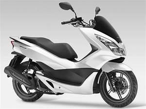 Honda 125 Pcx : scooter honda pcx 125 ~ Medecine-chirurgie-esthetiques.com Avis de Voitures