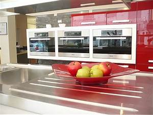 Rote Arbeitsplatte Küche : schmidt k chen musterk che rote k che in lack gl nzend ausstellungsk che in karlsruhe von ~ Sanjose-hotels-ca.com Haus und Dekorationen