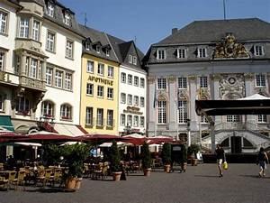 Mietwagen Köln Bonn : bild der marktplatz in der bonner innenstadt zu marktplatz in bonn ~ Markanthonyermac.com Haus und Dekorationen