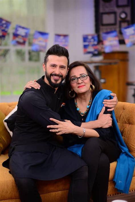 actor ali kazmi   mother  nida yasir show