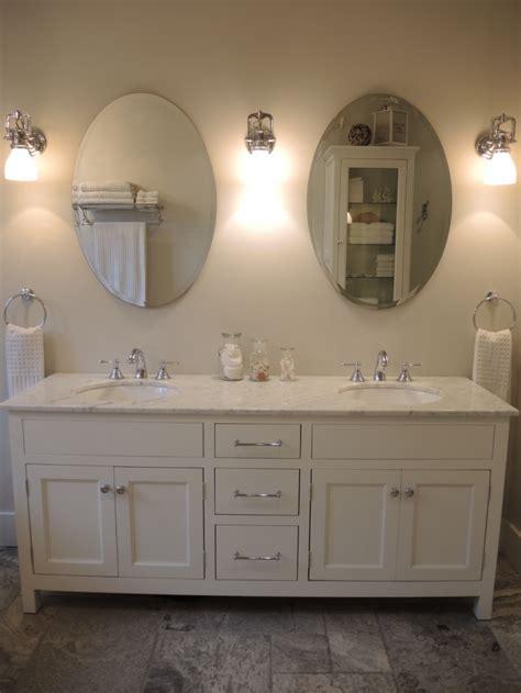 porte meuble cuisine sur mesure vanité blanche atelier meuble rustique