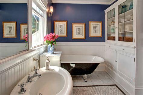 bellevue house craftsman bathroom seattle