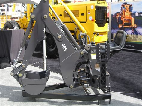 bradco compact tractor backhoe model   point hitch mounted