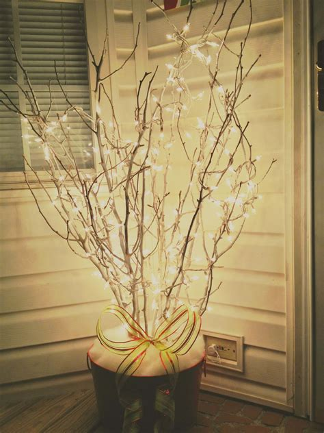 outdoor holiday planter ideas  designs