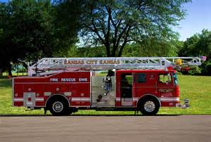 kansas city photographers seagrave 75ft meanstick ladder truck photograph by