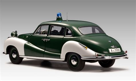 1 18 police car with autoart bmw 501 police car 70606 in 1 18 scale mdiecast