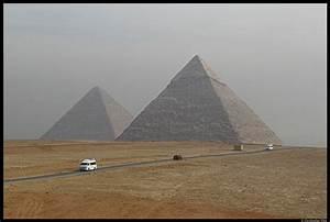Höhe Von Pyramide Berechnen : die cheopspyramide mit einer h he von fast 140 m die ~ Themetempest.com Abrechnung