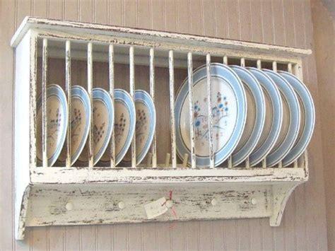 awesome  amazing diy farmhouse plate rack    httphomimucomp plate racks