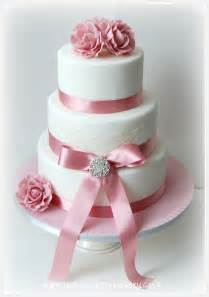 wedding cakes and prices wedding cakes