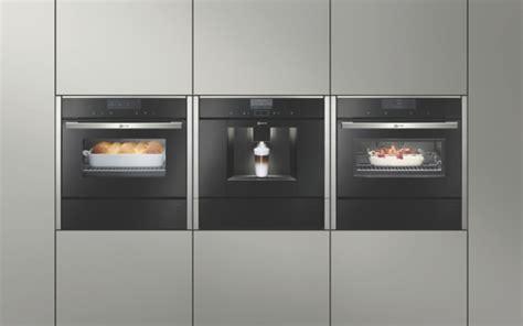 machine a glacon encastrable cuisine neff présente sa nouvelle gamme de fours au nouveau design