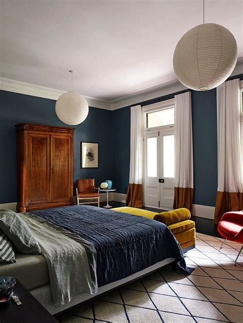 Bedroom Paint Ideas Blue Carpet by 25 Best Ideas About Mustard Bedroom On