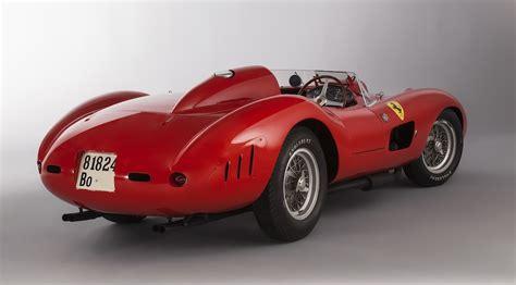 Four cars were produced in total. 5-1957-ferrari-315-335-s-scaglietti-spyer-collection-bardinon-1 - copie - Luxury Car Magazine