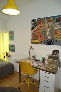 Bureau Enfant Garcon : chambre grise et jaune tableau new york chambre gar on bureau enfant bureau ado chambre ado ~ Teatrodelosmanantiales.com Idées de Décoration