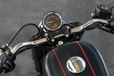 2016 Harley-davidson Roadster Introduces Upsidedown Forks