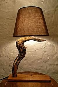 Lampe Aus Holz : lampe holzstamm stehlampen stehlampe dreibein holz selber bauen neatleaf ~ Eleganceandgraceweddings.com Haus und Dekorationen