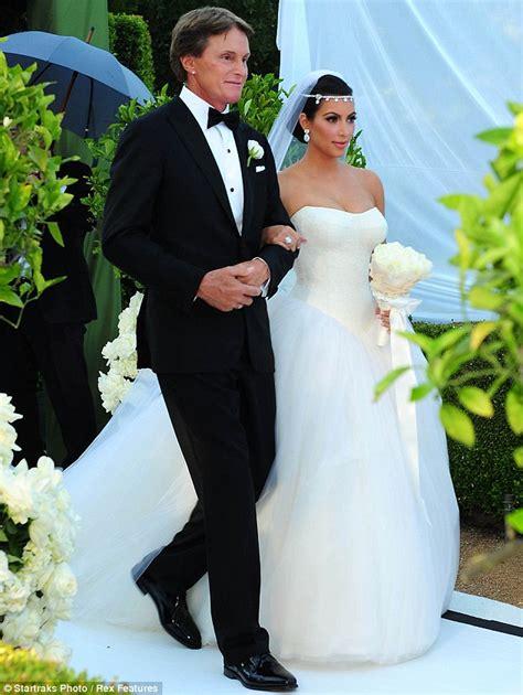 jumiesamsudincom kim kardashian wedding sembah ratu