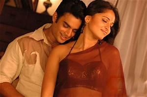 Anushka Shetty First Tamil Movie Rendu (2006) Full Movie ...