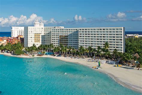 dreams sands cancun resort spa beachfront family resort