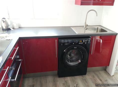 cuisine avec lave linge meuble frigo et lave vaisselle