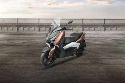 Xmax Image by Yamaha Xmax 300 Motorcycle Price Find Reviews Specs