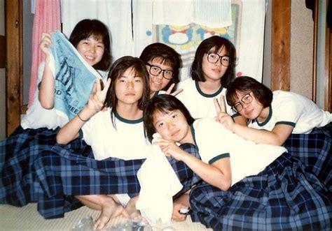 女子 中学生 パンチラ 画像