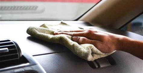 nettoyer l intérieur de sa voiture auto moto l information automobile et moto retrouvez les essais de v 233 hicules photos de tous