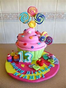 Gorgeous Teen Girl Birthday Cake | Fantasy Cupcakes ...