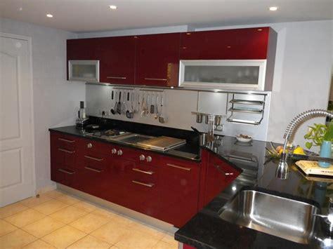 cuisines rouges deco cuisine et noir cuisine nous a fait à l