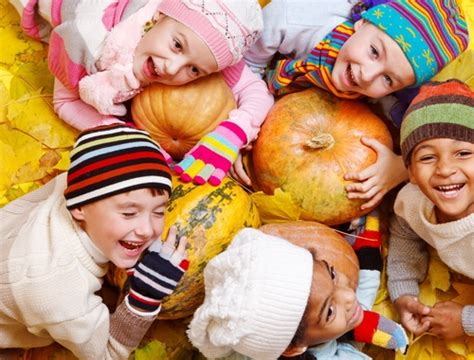 autumn arts and crafts for montessori preschools 201 | Montessori Preschools Allen Tx Autumn Arts and Crafts for Kids