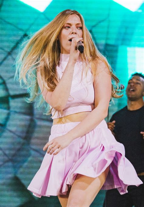 voice star becky hill outs show  digging  sob