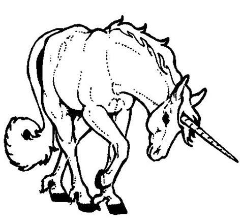 sta e colora unicorno disegno di unicorno brado da colorare acolore