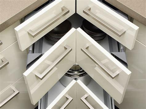 plateau tournant pour meuble de cuisine les placards et tiroirs