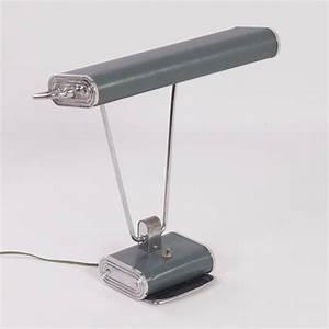 Eileen Gray Lampe : lampe de bureau par eileen gray 1930 design market ~ Markanthonyermac.com Haus und Dekorationen
