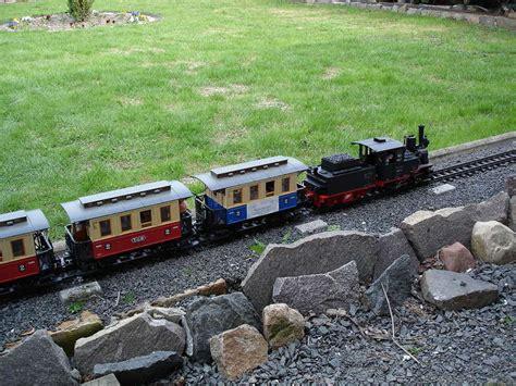 Unterbau  Eisenbahn Im Garten