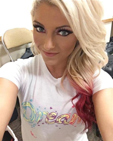 Gorgeous Alexa Bliss Selfie Alexabliss Wwe