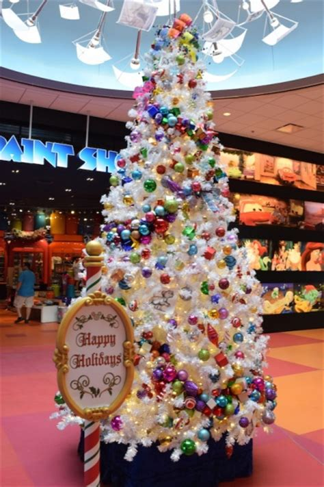 christmas resort hopping  walt disney world
