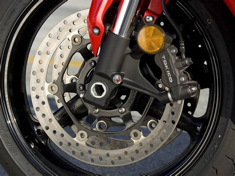 A Motorcycle Braking Guide