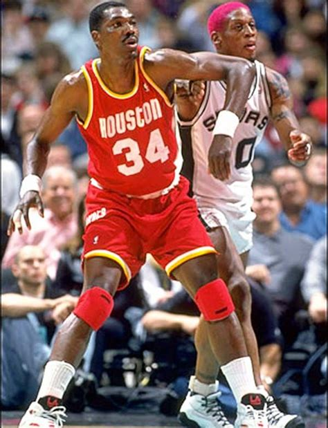 25 Greatest Centers in NBA History | Hakeem olajuwon ...
