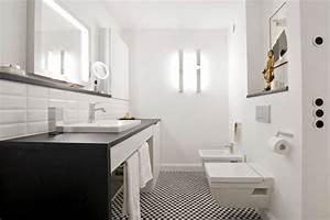 Steckdosen Für Badezimmer : wohnbad mit jugendstilcharme schramm m nchen ~ Lizthompson.info Haus und Dekorationen