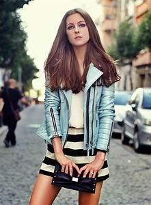 Style Vestimentaire Femme : look rock femme faites vous partie du groupe ou des fans ~ Dallasstarsshop.com Idées de Décoration