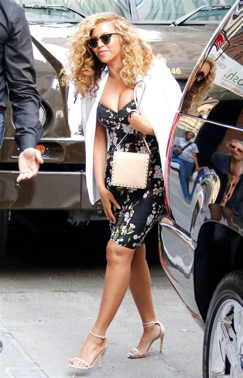 Style 2015 Frühling by Beyonce Style Arriving At Office In Nyc July 2015