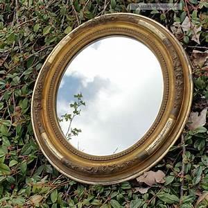 Spiegel Oval Antik : bilderrahmen oval spiegel antik biedermeier um 1850 floral verziert vergoldet ~ Frokenaadalensverden.com Haus und Dekorationen