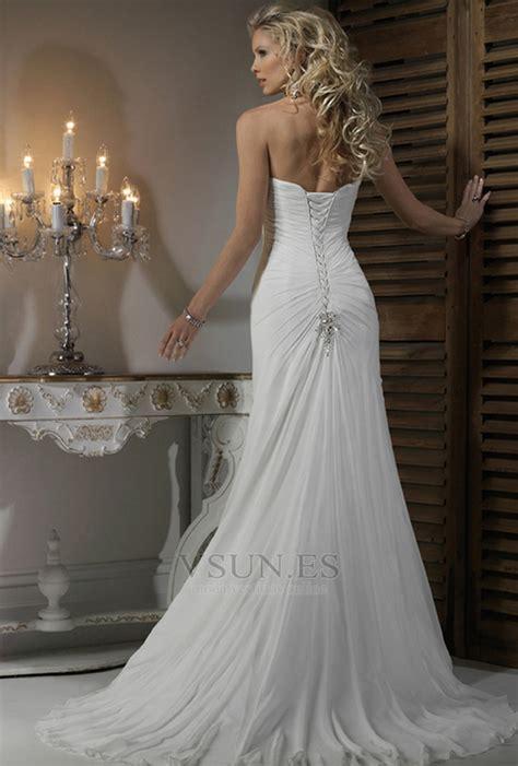 vestido de novia corte recto saten escote corazon espalda