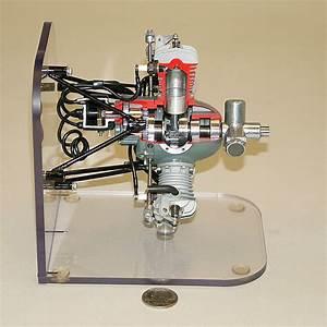 Morton M5 Radial Model Aircraft Engine Cutaway  800 X 800
